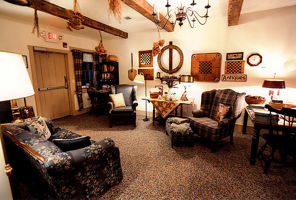 Gathering room Harvest house sitting area.